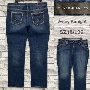 Silver Jeans Avery Straight Size 18 x 32 Stretch